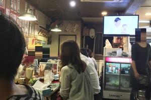 呑みの〆にも大活躍! 新町の人気店でかすうどんを食べてきた