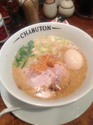 ちゃぶ屋 とんこつ らぁ麺 CHABUTON ヨドバシ梅田店