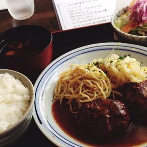手づくり洋食屋 手塚 (てづか)