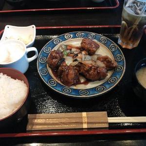 ニジュウマル 桜木町駅前店(NIJYU-MARU)