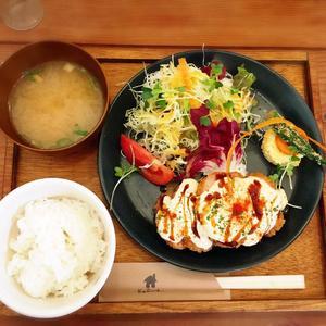 洋食kolme.(ヨウショク コルメ)