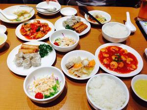 崎陽軒 (キヨウケン) 中華食堂