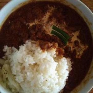 カタツムリ (Katatsumuri)